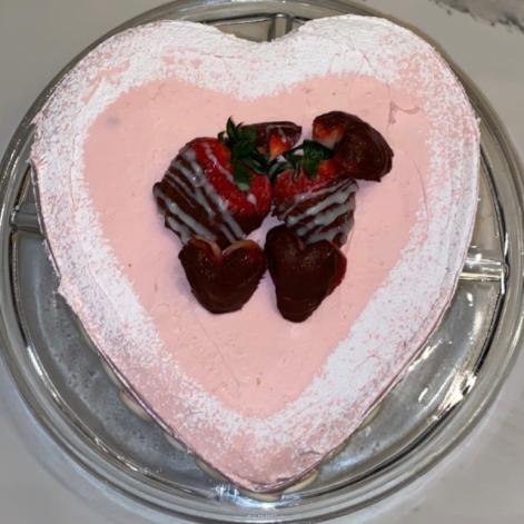 Heart Cake made by Elizabeth Gibhardt