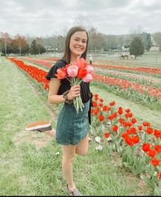 Macey Green visited Dewberry Tulip Farm
