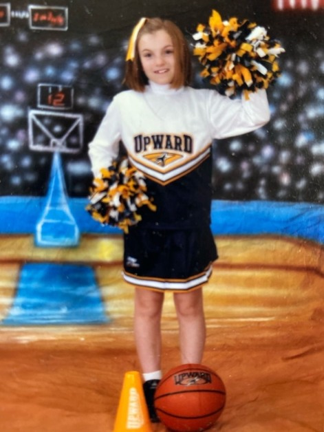 Annie Ellis starting cheer of young!